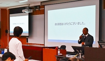 20181031_信大経法学部 社会科学特別講義3.jpg